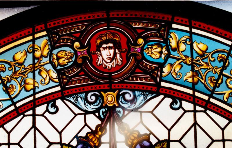 ólomüveg ablak restaurálás néprajzi múzeum hefter lászló